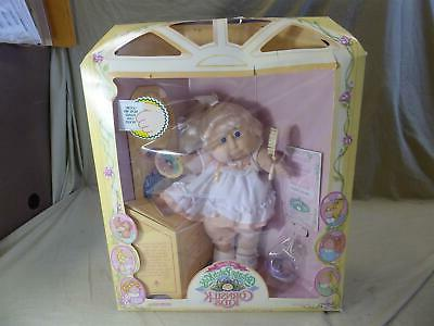 vintage doll 1986 cornsilk kids blonde girl